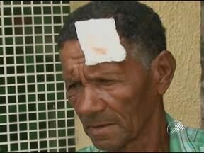 Idoso denuncia grupo de policiais militares por agressao em Feira de Santana - Ele diz ter sido agredido com socos e coronhadas.