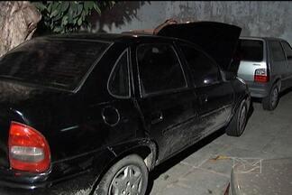 Três homens foram preso após roubo de veículo em São Luís - Três homens foram presos, ontem (21), suspeitos de assaltarem um carro em um dos bairros mais movimentados da capital. O carro estava estacionado e quando o motorista voltou, não encontrou mais nada.