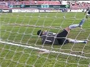 Goiás se classifica para a final da Copinha e Paulo Henrique é herói do jogo - Goleira pegou quatro pênaltis na partida contra o Bahia e garantiu a classificação goiana.