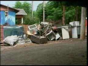 Lixo tecnológico tem destino correto em Santa Rosa - A Secretaria de Meio Ambiente oferece recolhimento dos materiais que não podem ser misturados com o lixo convencional