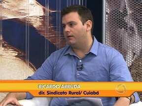 Qualificação é importante e necessária até mesmo no campo - Para auxiliar na qualificação do homem do campo, o Sindicato Rural de Cuiabá começou o ano com mais de 42 cursos gratuitos à disposição das comunidades rurais da baixada cuiabana.
