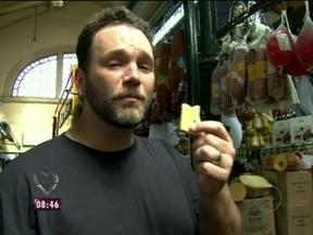 Jimmy Mcmanis visita o Mercado Municipal de São Paulo - O cozinheiro foi à procura dos ingredientes para fazer um sanduíche de mortadela diferente