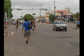 Falta de sinalização confunde motoristas e pedestres na Cidade Nova, em Ananindeua - Veja na reportagem.