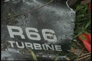 Corpo de empresário será enterrado nesta quinta (24) - O corpo do empresário Éber Coelho, de 50 anos, será enterrado em Arujá. Ele estava com a mulher Carolina Fernandes em um helicóptero que caiu em Caraguatatuba.
