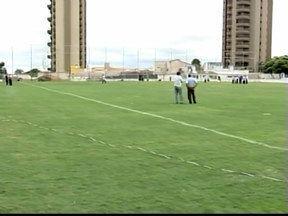 Após vistoria no F. Alvim, diretoria acredita que Araxá estreia em casa - Federação deve divulgar resultado da vistoria ainda nesta sexta-feira