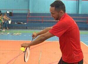 Amazonenses recebem aulas de badminton - Federação Amazonense de Badminton realizou em Manaus uma clínica para jogadores da modalidade.
