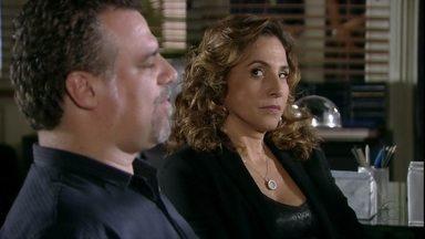 Salve Jorge - Capítulo de sábado, dia 26/01/2013, na íntegra - Wanda e Russo afirmam a Helô que Jéssica era viciada em drogas
