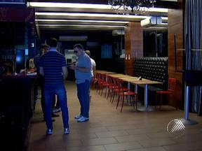 Fiscais da Sucom interditam borracharia que funcionava como boate em Salvador - Além da borracharia, os agentes visitaram outras duas boates da capital baiana.