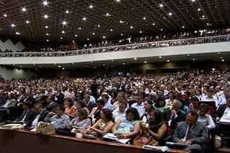 Prefeitos de MS vão a Brasília para tentar elevar repasse de verbas federais - Prefeitos de Mato Grosso do Sul participaram de um encontro em Brasília para tentar aumentar o repasse de verbas para as prefeituras.