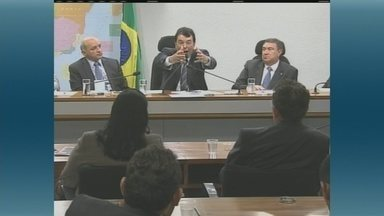 Associação Amazonense dos Municípios vai ajudar prefeitos - Durante reunião no Senado Federal, a AAM anunciou que vai ajudar os prefeitos do Amazonas com cidades em situação de emergência.