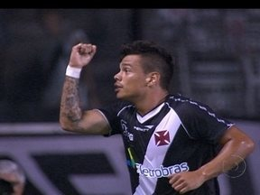 Bernardo volta e reconquista vascaínos com gols no início do Campeonato Carioca - Com quatro gols em três jogos, meia esquece antigos problemas e se destaca no início da temporada.