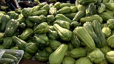 Preço de legumes, frutas e verduras aumenta em Belo Horizonte - Aumento se deu por causa de mudanças no tempo.