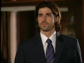 Da Cor do Pecado - Capítulo de sexta-feira, dia 01/02/2013, na íntegra - Afonso morro e Paco é preso ao final do enterro.