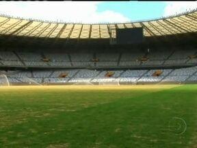 Após reforma de 2 anos e meio, Mineirão reabre para jogos - Um dos palco mais importantes do futebol brasileiro está de portas abertas outras vezes. Ele reabriu com um clássico: Atlético Mineiro e Cruzeiro. O Cruzeiro venceu o time por dois a um.
