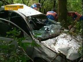 Três pessoas ficam feridas em acidente na BR-277, próximo de Guarapuava - Uma criança que viajava na cadeirinha não sofreu nenhum arranhão.