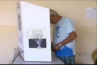 Mais de 82 mil eleitores voltam às urnas neste domingo em Guarapari - Município é primeiro do Brasil a ter eleições suplementares em 2013.Estão disputando o cargo de prefeito de Guarapari cinco candidatos.