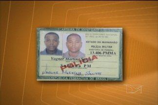 Homem é preso por portar carteira funcional falsificada da Polícia Militar - Um homem foi preso por portar carteira funcional falsificada da Polícia Militar. A prisão aconteceu no Centro de São Luís, na madrugada desse domingo (3).