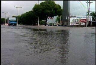 Chove na Região do Cariri e alivia o calor - População reclama do forte calor.