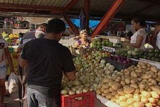 Economia na feira e no supermercado - Os alimentos estão mais caros em João Pessoa. Um economista e uma nutricionista dão dicas para escapar dos preços altos.