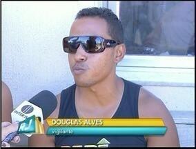 Vigilantes fazem greve em Campos dos Goytacazes, RJ - Prefeitura diz que vai acionar empresa na Justiça