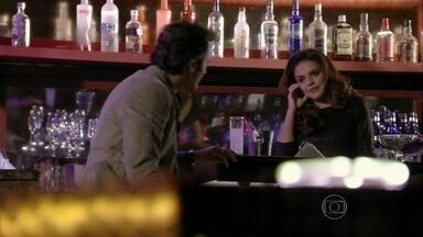Rosângela fala para Zyah que Morena não está à venda - Russo e Irina se preocupam com a fuga. Mustafa lamenta por não ter conseguido socorrer Morena. A jovem deixa sua pulseira nas mãos de uma das vítimas da explosão