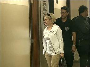 Diretora da maior faculdade particular de Ponta Grossa é presa - Ela e outros três funcionários são acusados de estelionato e lavagem de dinheiro.