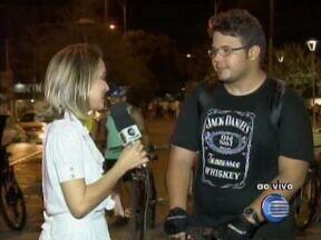 Ciclistas da capital realizam protesto contra acidentes de trânsito - Ciclistas se reunem em Bicicletada.