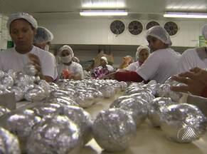 Fabricação de ovos de Páscoa oferece vagas de emprego na Bahia - Fábrica localizada em Salvador deve produzir cerca de um milhão de ovos de chocolate.