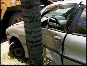 Homem fica ferido após acidente na BR-381 em Ipatinga - Homem fica ferido após acidente na BR-381 em Ipatinga.