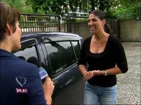 Durante teste, GPS confunde mas leva Débora para o seu destino - Aparelho faz viagem ser mais demorada do que o normal
