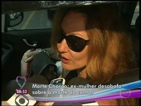 Graziela Gonçalves, ex-mulher de Chorão, desabafa diante das câmeras - 'Perdi o meu marido para essa praga', comenta estilista sobre as drogas