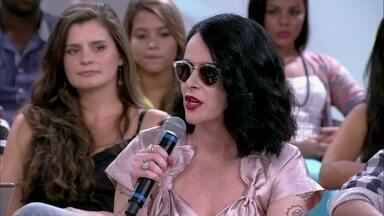 Fernanda Young se orgulha do Brasil ter uma presidenta - Ela, Júlia Rabello, Céu e Ângela comentam o papel da mulher na sociedade