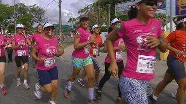 Bombeiros homenageiam as mulheres com corrida especial - Cerca de trezentas mulheres se encontraram para participar da 4ª edição da corrida feminina, em Olinda.