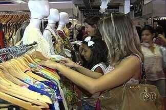 Expovestir deve movimentar R$ 9 milhões, em Goiânia - Quem gosta de moda tem programa para os próximos dias. A Expovestir, uma realização do jornal O Popular, deve movimentar R$ 9 milhões.