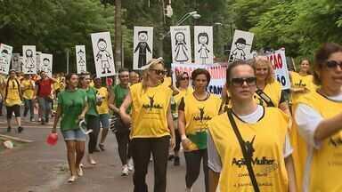 Amigos do pastor assassinado em assalto fazem passeata em Ribeirão Preto - Movimentação é para pedir paz na cidade.