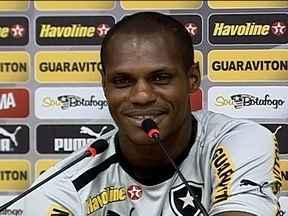 No Botafogo, Seedorf não é o único que sabe falar holandês. - Zagueiro André Bahia fala de sua vivência no futebol holandês, onde atuou de 2005 a 2012 no Feyenoord