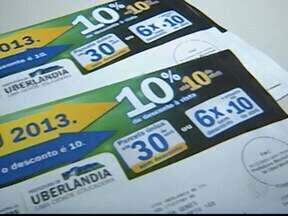 Distribuição do carnê do IPTU começa nesta semana em Uberlândia - Valor do imposto sofreu um reajuste de 6% em 2013. Cofres municipais podem arrecadar até R$ 74 milhões.