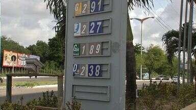 Alta do preço do diesel chega às bombas - Dois reajustes consecutivos nas refinarias já causam reflexos para o consumidor