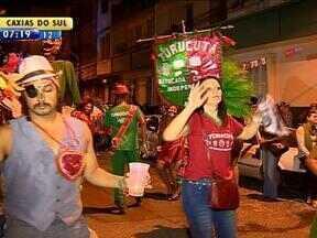 Atividades culturais marcamo início das comemorações do aniversário de Porto Alegre - Maratona de dança foi realizada no auditório Araújo Viana.