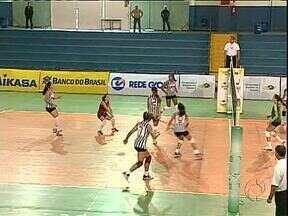 Campeonato Brasileiro Juvenil de vôlei agita São José dos Pinhais - Meninas de 12 estados disputam título nacional e sonham com futuro brilhante no esporte