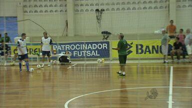 Seleção brasileira de futsal treina em Fortaleza - Equipe está de técnico novo.