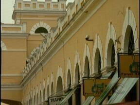 Restauração do Mercado Público de Florianópolis provoca polêmica entre comerciantes - Restauração do Mercado Público de Florianópolis provoca polêmica entre comerciantes