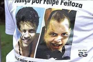 Começa júri de acusados de balear jovem que saía de shopping, em Goiânia - Começa nesta quinta-feira (21) o julgamento dos indiciados de atirar contra o jovem Felipe Feitoza, de 20 anos, que foi baleado por engano ao sair de um shopping de Goiânia, em 2009.