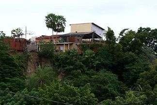 Defesa Civil alerta para moradias em áreas de risco, em Corumbá - Em Corumbá, o período chuvoso é também de preocupação para a Defesa Civil. A cidade tem muitas casas construídas em locais considerados impróprios, o que representa risco para a população.