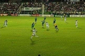 Rio Verde 1 x 0 Goiás: Veja o gol de Thiaguinho - Meia arrisca de longe, faz belo gol, e Verdão do Sudoeste quebra invencibilidade do rival.