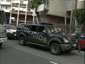 Italiano é baleado em tentativas de assalto em Curitiba - Em outra ação criminosa, o assaltante levou um tiro.