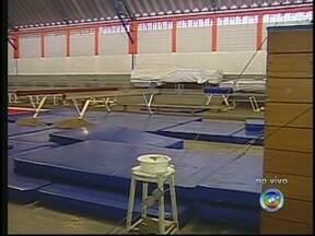 Inscrições para equipes de ginástica artística estão abertas em Bauru, SP - A secretaria de esportes de Bauru (SP) começa a receber, na próxima segunda-feira (25), inscrições de novos alunos para compor a equipe de ginástica artística da cidade. São 48 vagas para crianças de seis a nove anos.