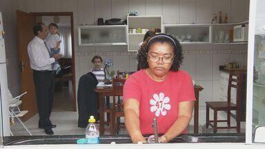 Senado aprova ampliação dos direitos das empregadas domésticas - Senado aprova ampliação dos direitos das empregadas domésticas.