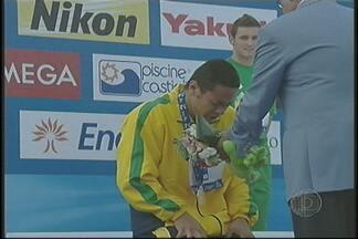 Esporte D relembra matérias com o nadador Felipe França - Um dos grandes momentos que mostram a importância da imprensa esportiva do Alto Tietê