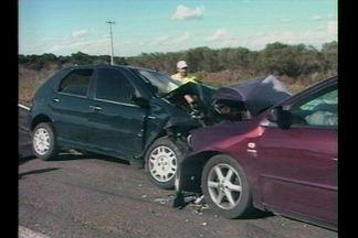 Grave acidente na BR-158 - 2 pessoas perderam a vida.